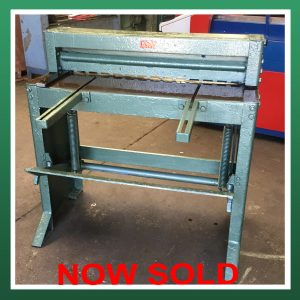 SOLD – EDWARDS Treadle Guillotine 36″ (3ft) x 16swg Capacity (ETG36)