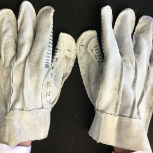 Gorelocker/Elbow Machine Gloves