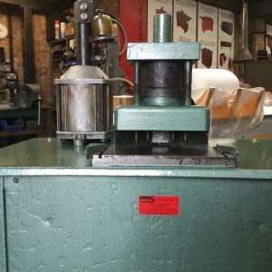 SOLD – Ducting Flange Corner Press (CP01)